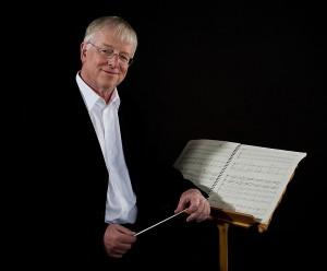 Der schwedische Komponist und Dirigent Robert Sund. Fotograf: Nils Nordling.