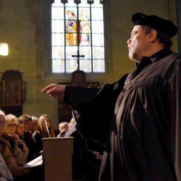 Luther-Spiel in Soest bringt Hunderten von Zuschauern den Reformator nahe
